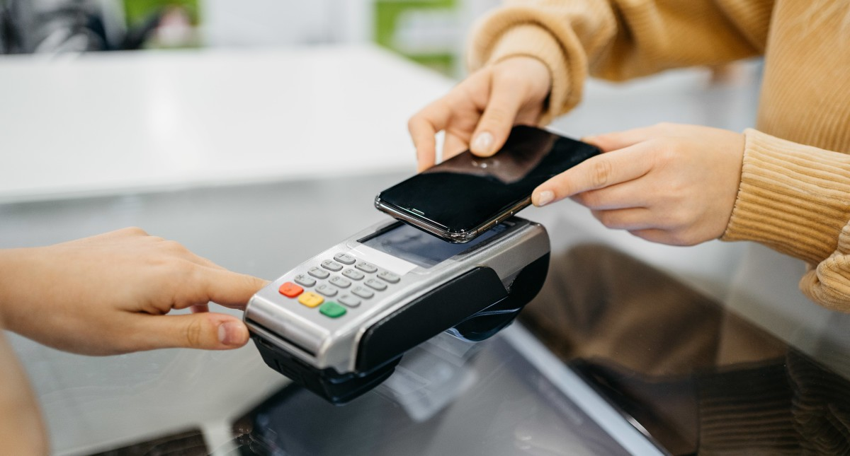 Contactless Card Payment - Learn More About this Technology